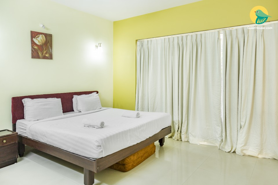 1-BR for three near Madikeri Fort