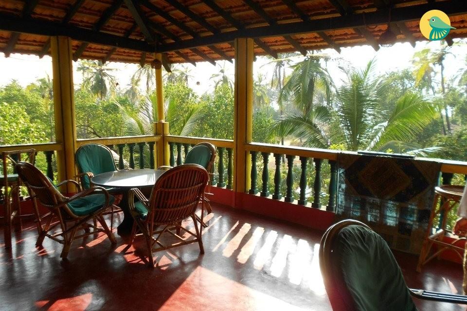 Cheerful eco-friendly stay, 2.1 km from Arambol Beach