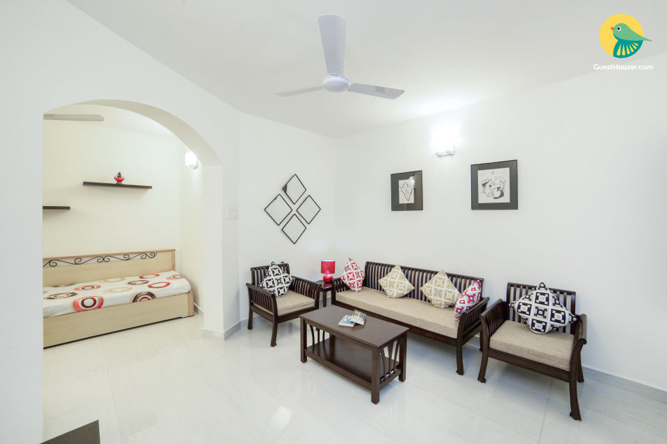 City Apartment with 2 BHK located in the heart of the city