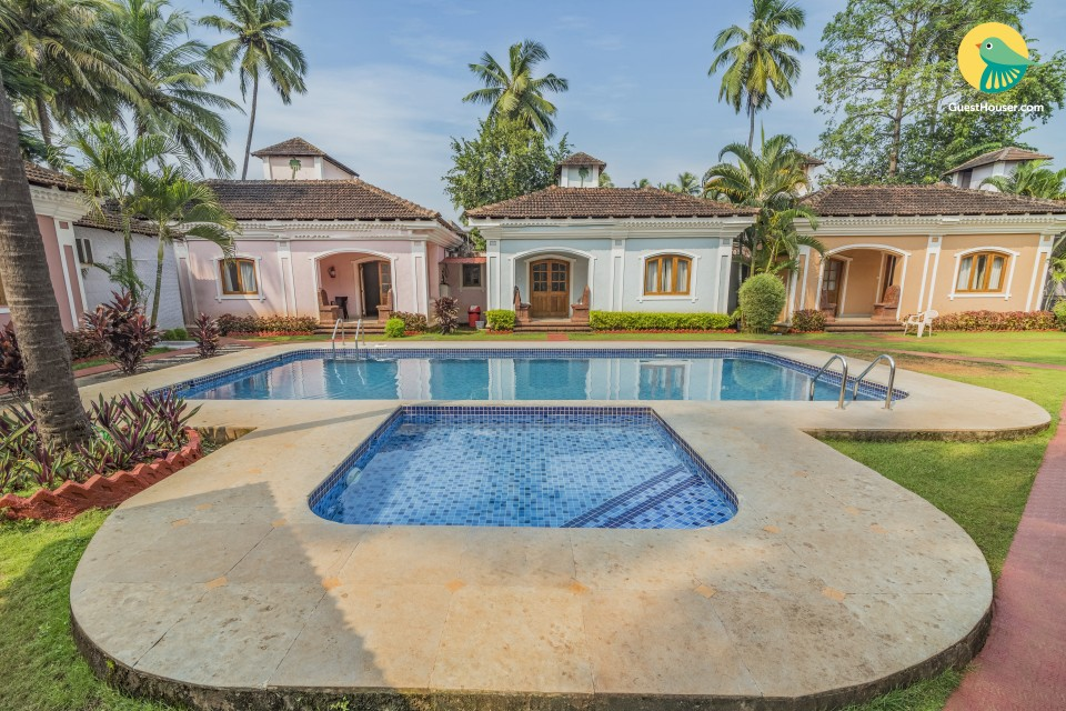 Well-appointed 2-BR villa with a pool, near Anjuna Beach