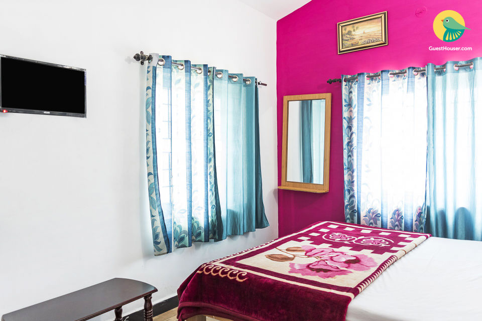 Homely abode for three, close to Ooty Lake