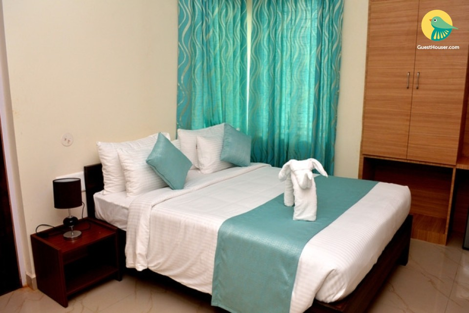 lavish stay in karwar