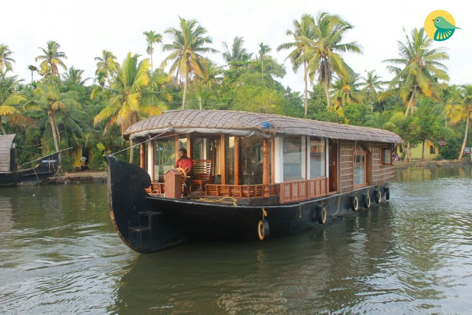 1 BR houseboat for couples