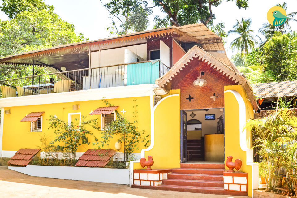 Vibrant accommodation for 3, 1.6 km from Palolem Beach