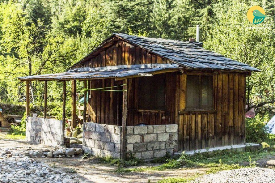 Rejuvenating cottage stay beside Parvati river