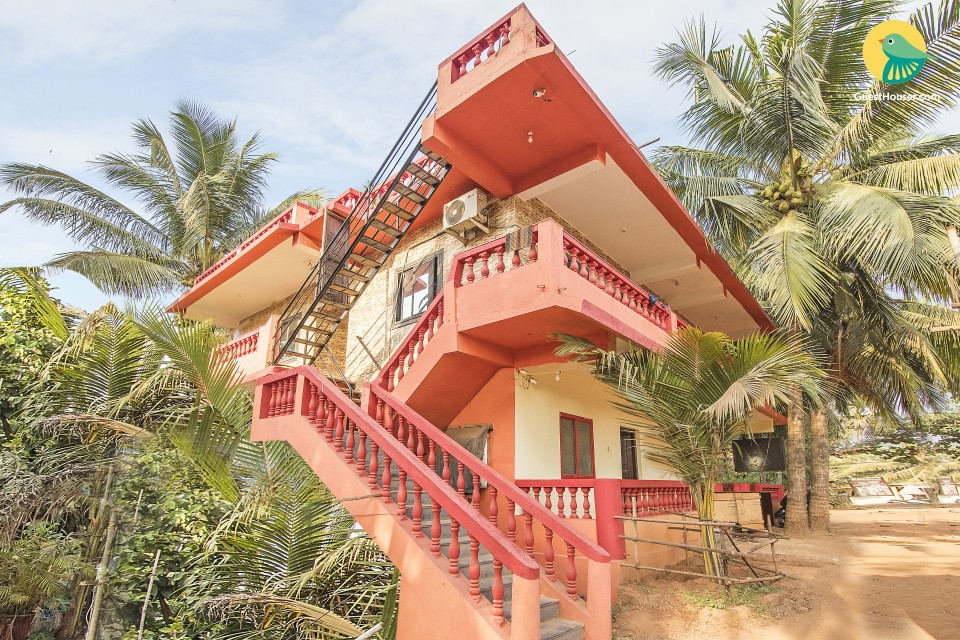 Well-appointed stay for three, near Calangute Beach