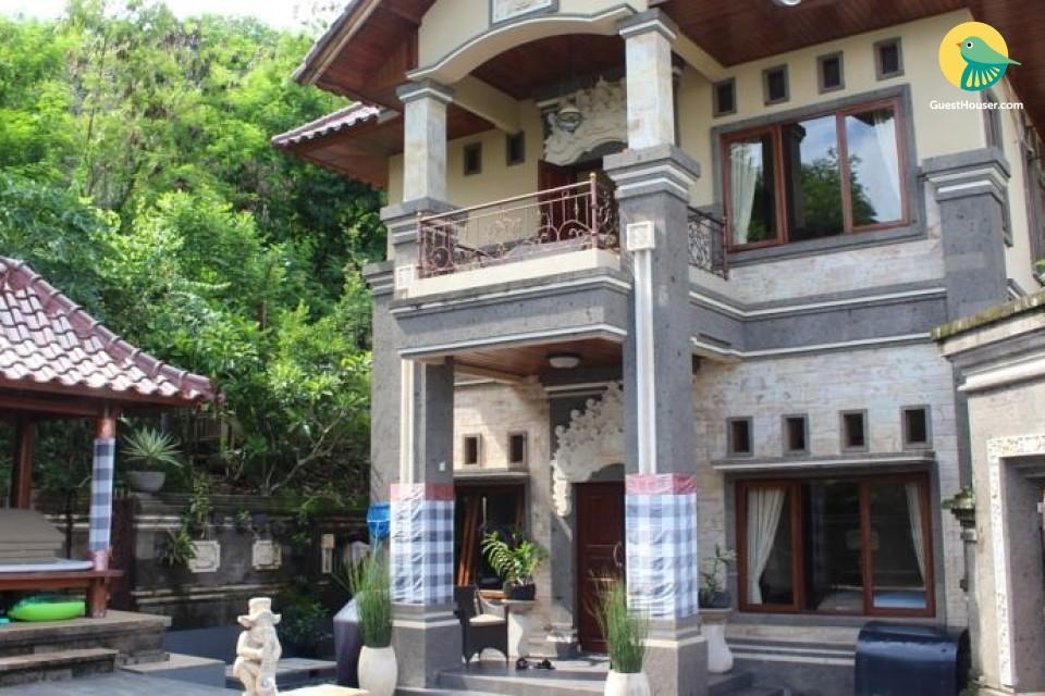 Stay in a Decent villa