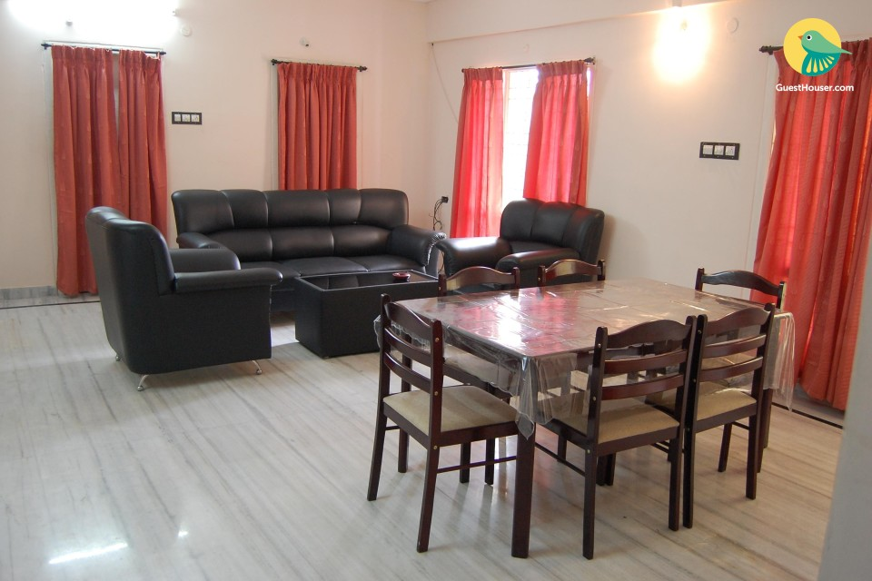 Well furnished 5 bed room, at a very affordable price