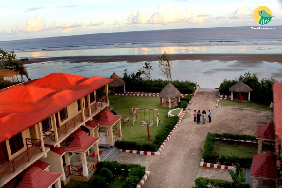 Beachside stay for a fun-filled vacation