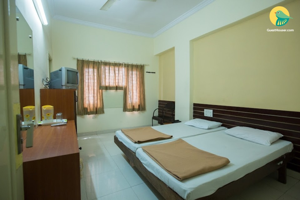 Well maintained rooms in hyderabad