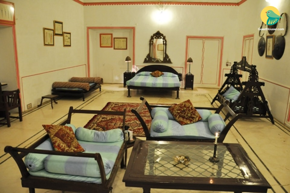 Tastefully furnished room in a heritage stay, ideal for a small family