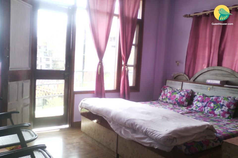 Homestay room for 3