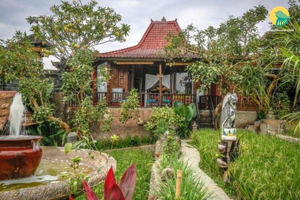 Stay in a wonderful villa