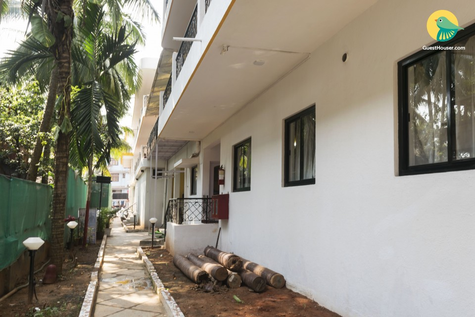 Well-furnished set of two rooms, near Calangute Beach