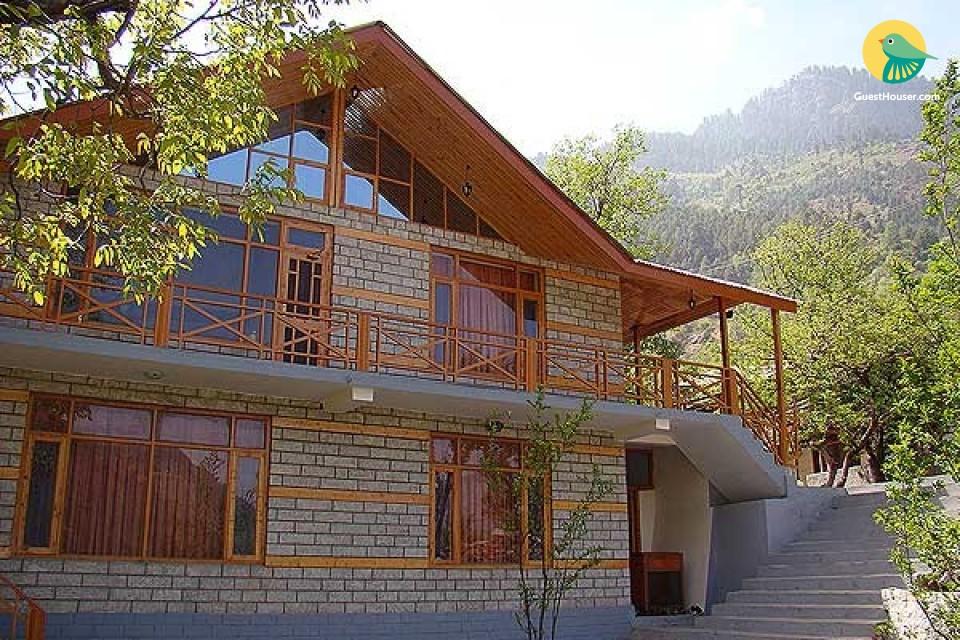 5-BR cottage for 15