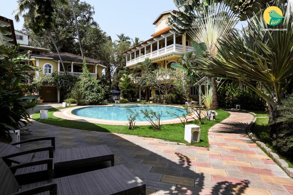 Minimalistic 2-bedroom villa close to Baga beach