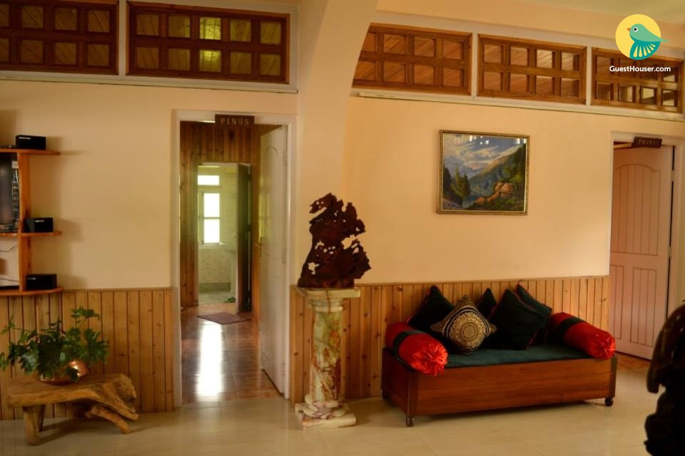 6 BHK for family stay