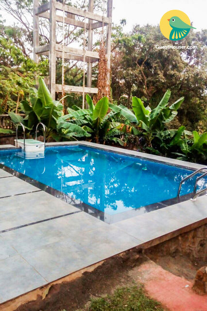 4-BR villa with a pool