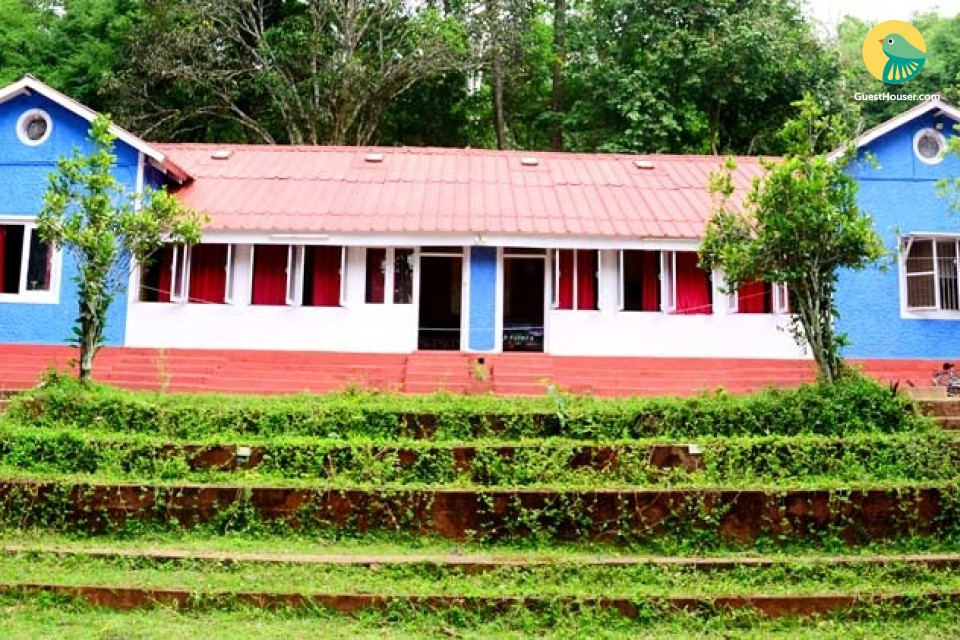 10 Bedded Dorm Available