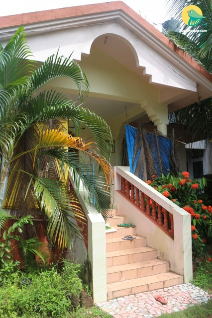Commodious 2-bedroom villa for a family of 4, 2 km from Ashwem beach
