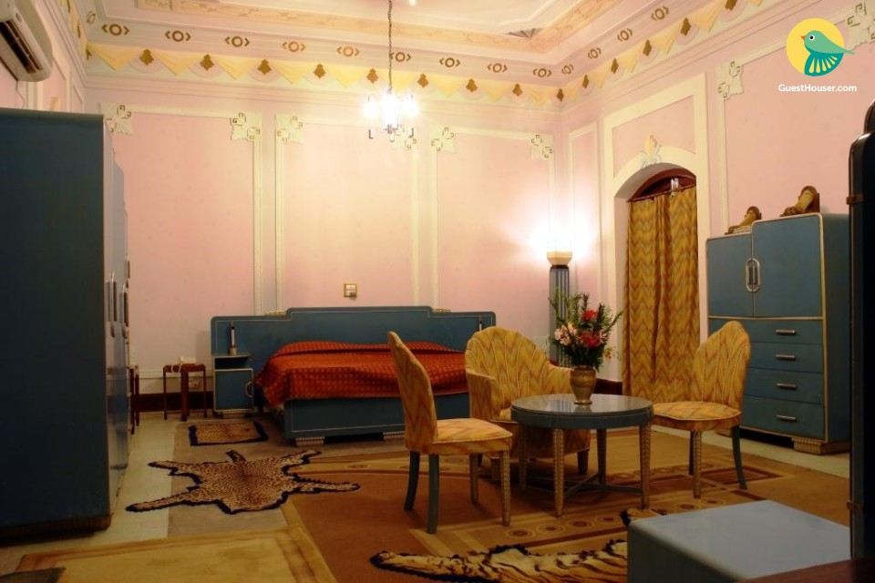 Luxurious stay in Heritage place