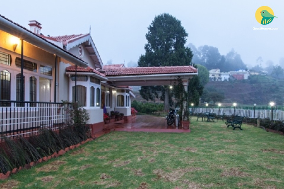 Charming 7-BR villa, 1.5 km from Ooty Lake