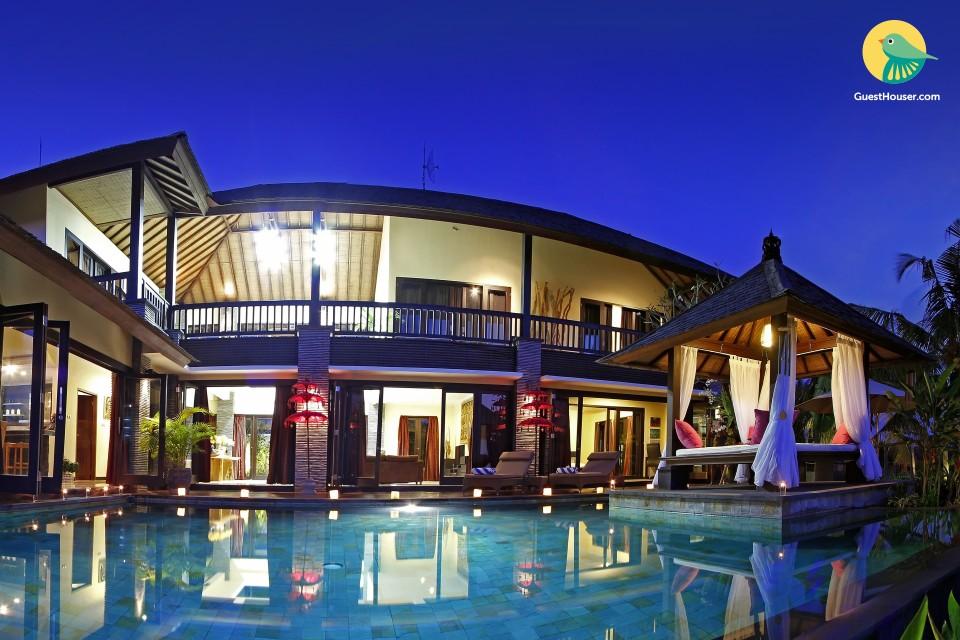 stay in 4 bedroom villa